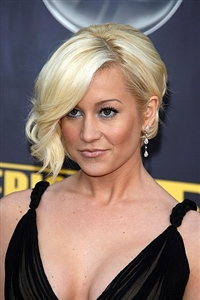 Blonde was Pickler's original hair color before she decided to change it up with red