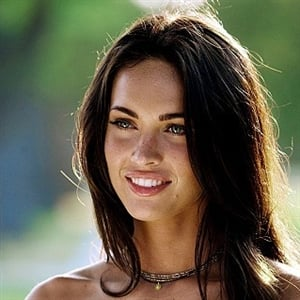 Megan Fox steps out without makeup