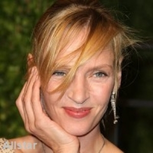 Uma Thurman has no wrinkles at 40!