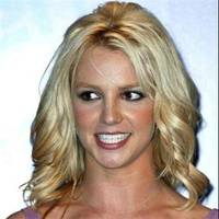 Britney Spears opts for hair extensions.