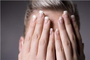 Trying to avoid brittle nails during the winter can be a headache