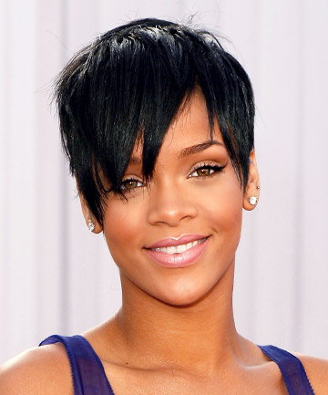 Rihanna\'s Face-Framing Pixie Cut, 19 Gorgeous Pixie Cuts That Will ...