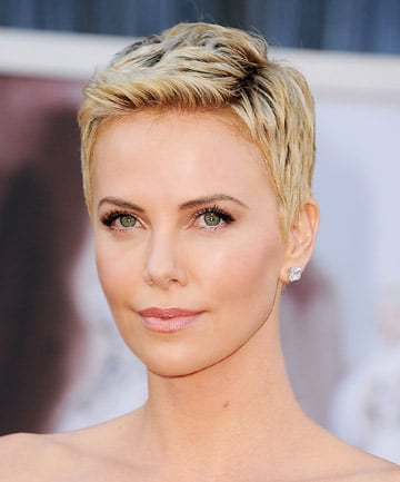Charlize Theron S Attention Grabbing Pixie Cut 19