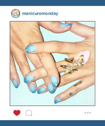Mani of the Week: Madeline Poole's Watercolor Gradient