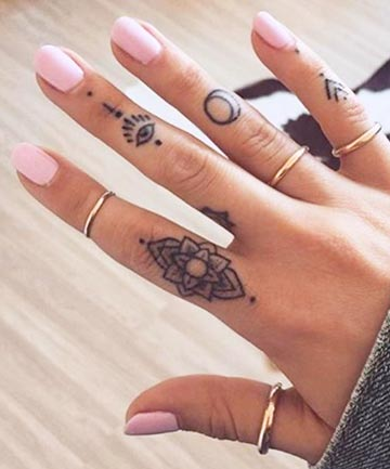 Finger Tattoos Fingers Crossed Trade Your Rings For These Adorable