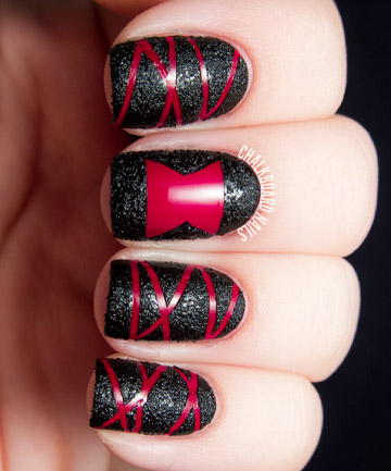 Vampire Nails, 19 Amazing DIY Halloween Nail Art Ideas