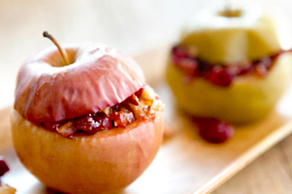Dessert: Baked Apples with Frozen Yogurt