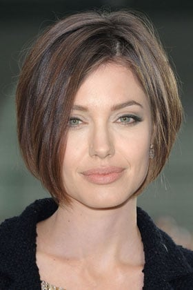 Angelina Jolie S Quot Makeover Quot 7 Celebrity Hairstyles We D