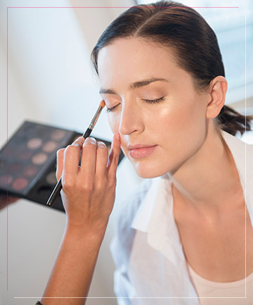 Blend Your Eye Shadow With Bronzer