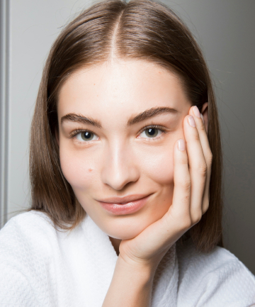 Let's talk bedtime beauty routine. Sure, we know to take off our makeup and brush our teeth before falling asleep, but why is an extended bedtime beauty ...