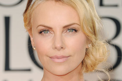 The best thin arch: Charlize Theron
