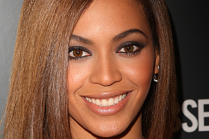 beyonce knowles best celebrity makeup looks for brown