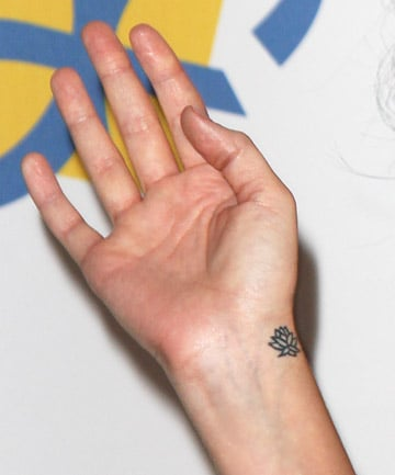 Celebrity Tattoos: Katy Perry, 19 Unique and Inspiring Celebrity ... Unique Flower Tattoos
