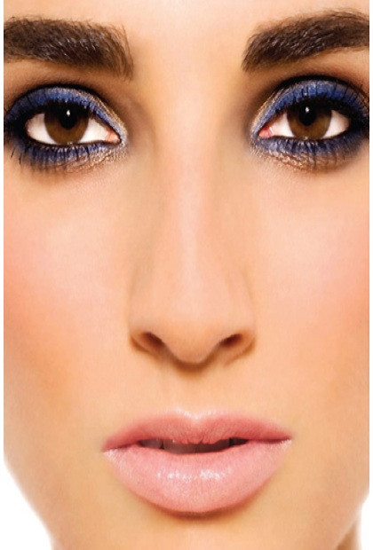 Creating A Solid Base From The Pros Eye Makeup Tips For