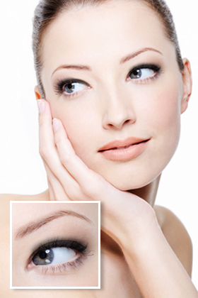 Beginner Eyeliner Look: Top Lashline