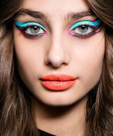 18 Runway-Approved Ways to Pull Off Neon Makeup