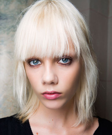 Hair color tips 4 questions to ask your colorist before committing should i opt for at home color or visit a salon solutioingenieria Image collections