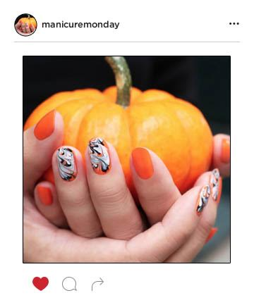 Mani of the Week: Chic Halloween Nails