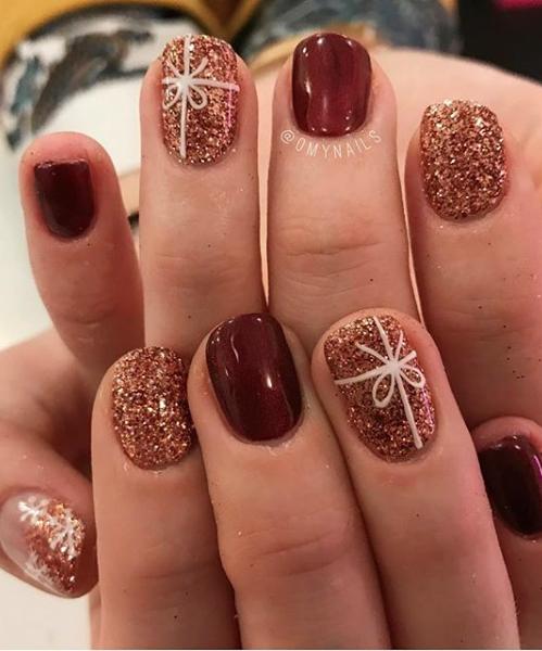 Blingy Bows Christmas Nail Art