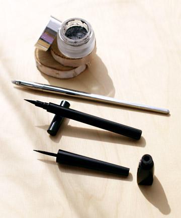 Liquid Eyeliner Tip No. 2: Experiment With Applicators