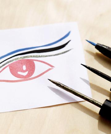 Liquid Eyeliner Tip No. 6: Choose the Right Finish