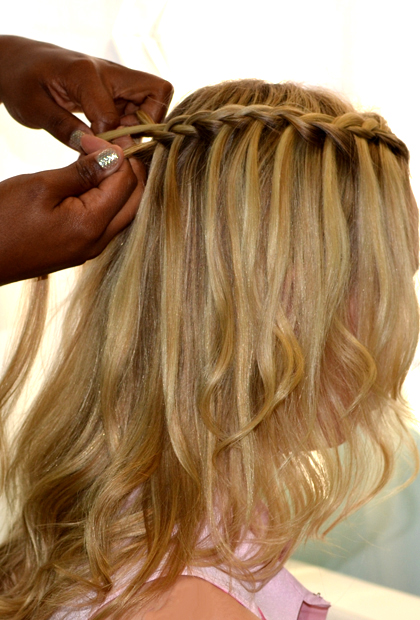 How To Do A Waterfall Braid French With Release