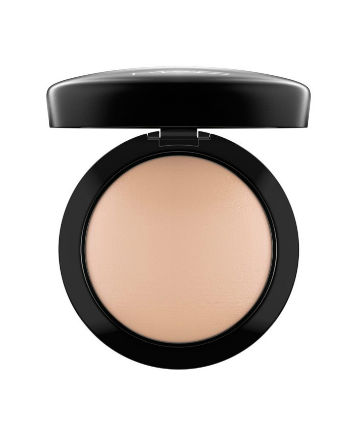 14 Best Powders For 2019 Face Powder Reviews
