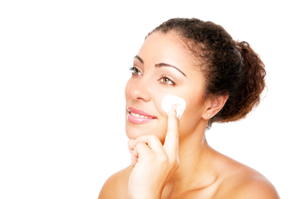 Mistake No. 2: Applying makeup on dry, flaky skin