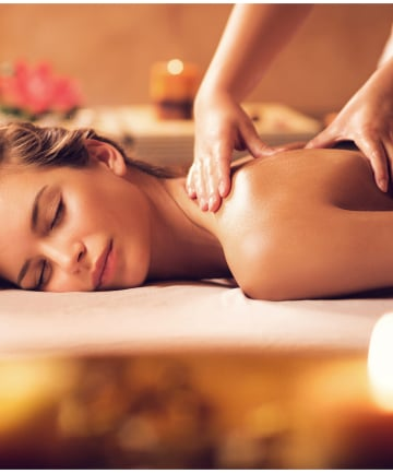 8 Things Your Masseuse Doesn't Want You to Know