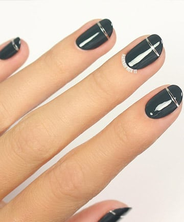 Minimalist nails chrome stripes 16 chic minimalist nail designs minimalist nails chrome stripes prinsesfo Images
