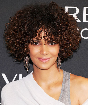 Halle Berry's Natural Hairstyle With Bangs