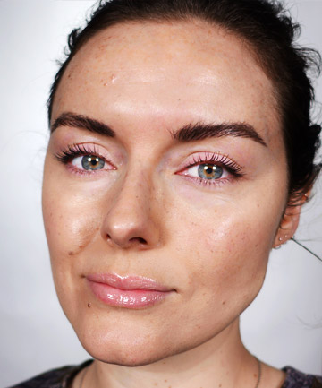 Create a Natural Freckle Look With Eye Makeup