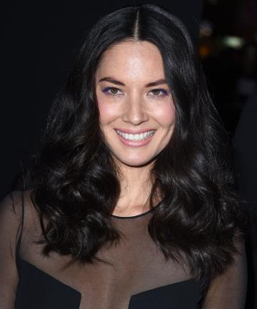 Steal Olivia Munn's Retro Waves