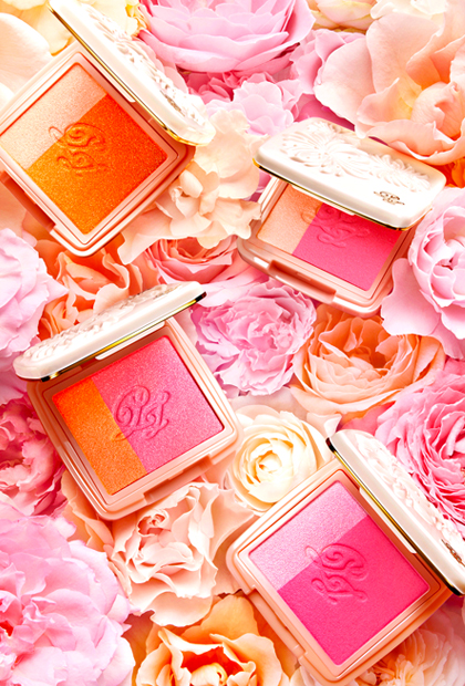 Spring Makeup That's Prettier Than a Bunch of Flowers