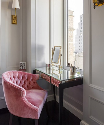 Retro Luxury Everything About This Beauty Vanity    From The Mirrored Desk  To The Pink Velvet Chair To The Amazing View    Makes It 100 Percent #goals.