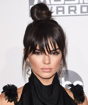 Look of the Day: Kendall Jenner's Top Knot at the American Music Awards