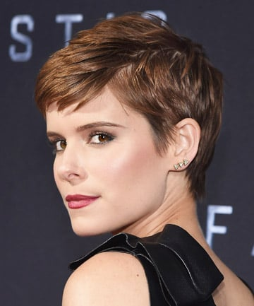 Look of the Day: Kate Mara's '90s Crop and Berry Lips