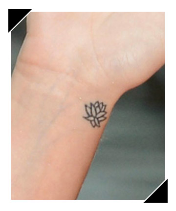 Find Your Zen 34 Oh So Tiny Tattoos We Love  Page 4