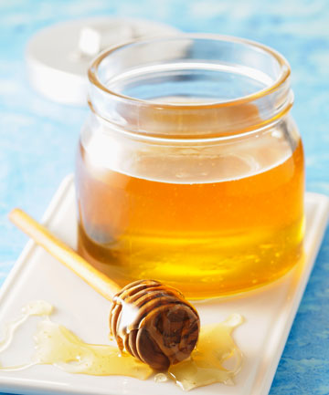 Myth: You should take a teaspoon of honey to treat seasonal allergies.