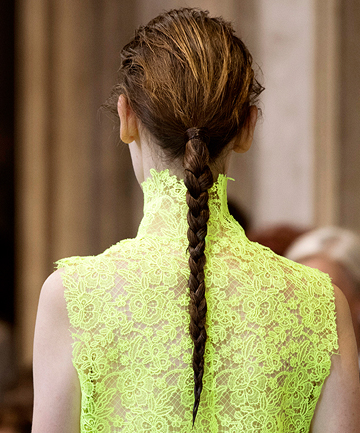 10 Fashion Week Hairstyles You Can Try This Spring