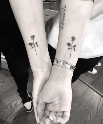 Bff Tattoos Realistic Roses 22 Amazing Matching Tattoos To Get