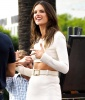 Alessandra Ambrosio makes a clean cut