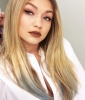 Gigi Hadid's Best Beauty Moments: Edgy Alternative