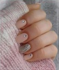 'Fix' Your Chipped Nails With Glitter