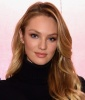 Candice Swanepoel's Model Off Duty Look