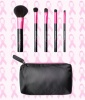 Must-Have Mini Makeup Brushes