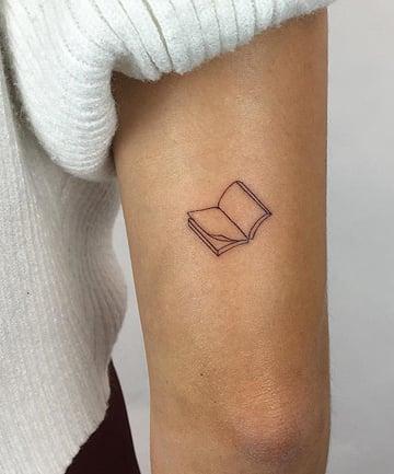 22 Small Tattoo Ideas For Women Tiny Tattoo Designs You Ll Love A través de mi paleta de ojos | colourpop continue reading →. 22 small tattoo ideas for women tiny