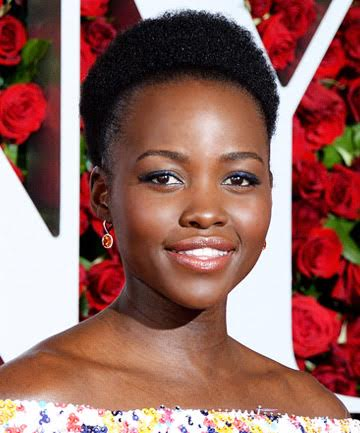 Look of the Day: Lupita Nyong'o's Eye-Catching Tony Awards Makeup