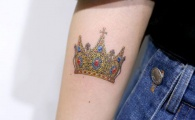 19 Crown Tattoos That Prove Your Queen Status