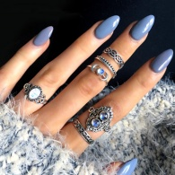10 Must-Try Almond-Shaped Acrylic Nail Designs